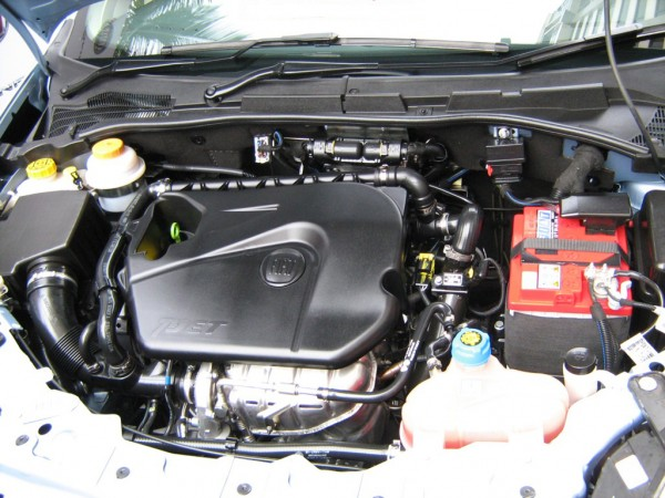 New Fiat Linea 2011. Engine of Fiat Linea T-Jet