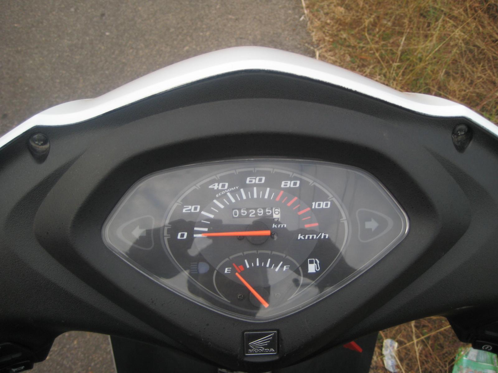Suzuki access honda activa suzuki access