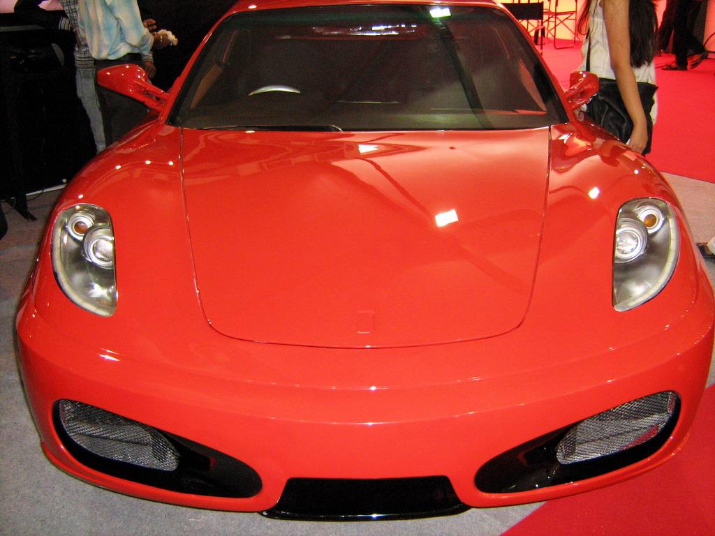 Toyota-Corolla-Ferrari-Replica 1