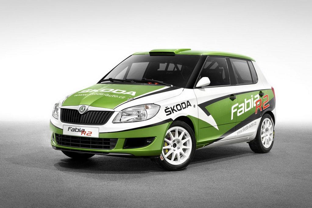 2011-Skoda-Fabia-R2-Front-Picture