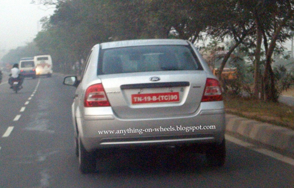 Ford Fiesta Classic spied