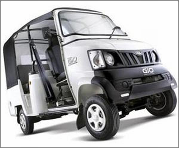 Mahindra Gio Passenger Cab