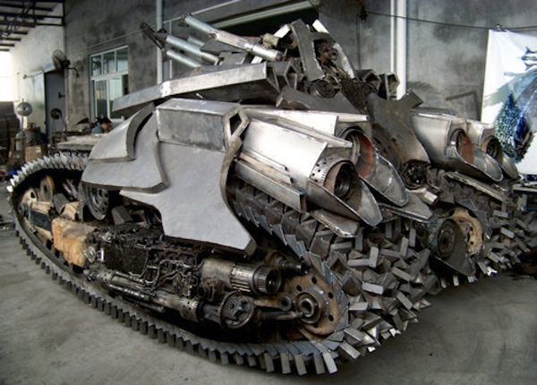 Megatron Tank Crafted From Scrap Metal 001