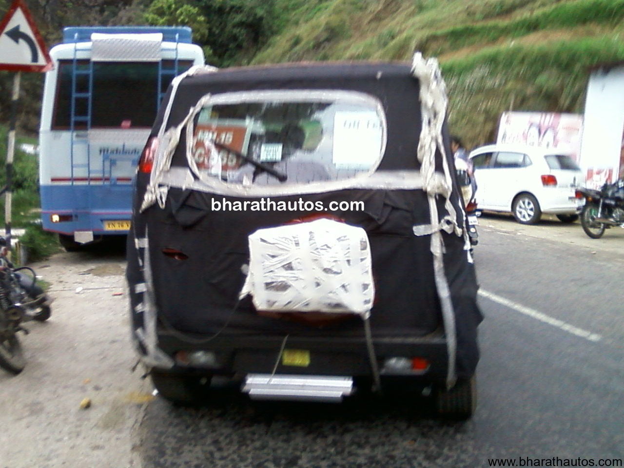 Spied Mahindra Xylo Mini At Ooty