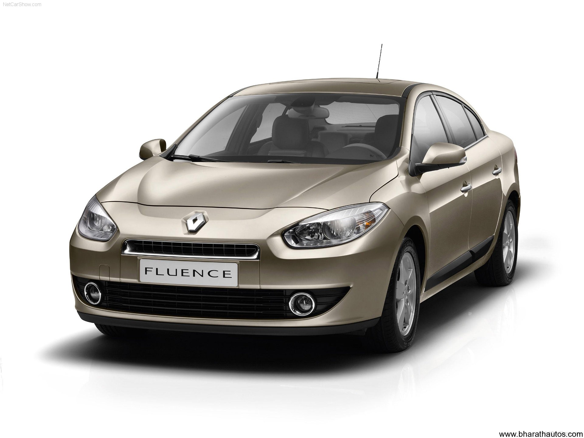 Renault-Fluence-2010-wallpaper