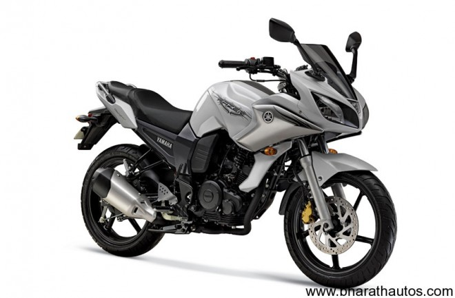 2011 Yamaha Fazer - COMPETITION White