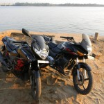 Hero Honda Karizma R v/s ZMR - 001