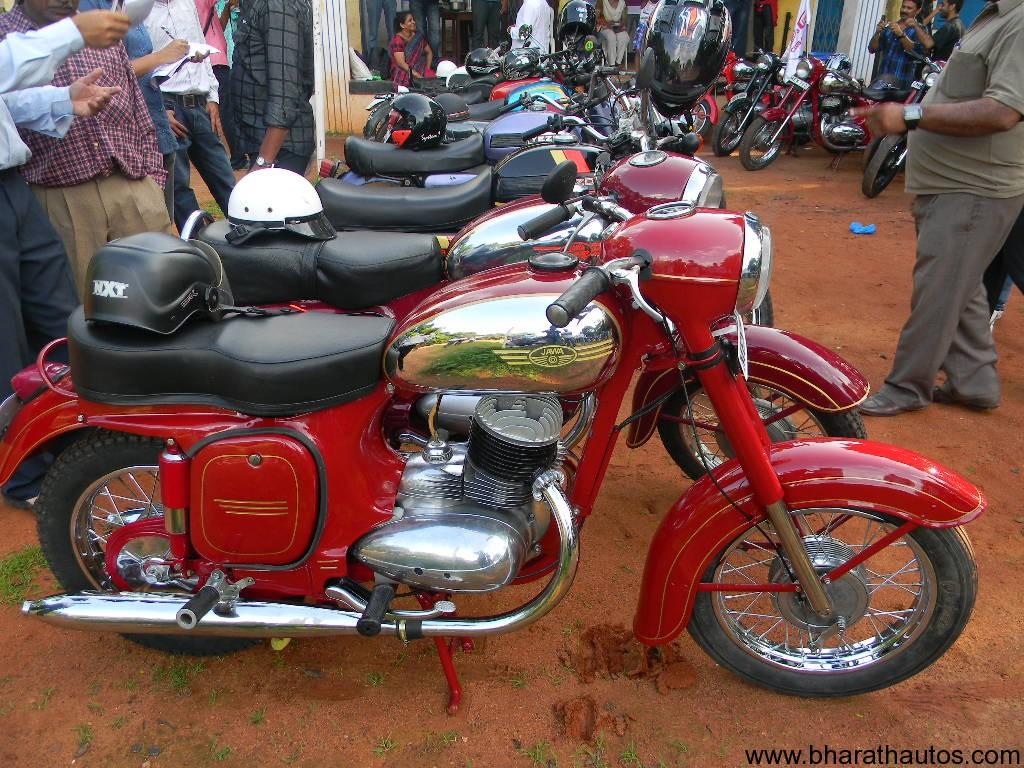 Jawa+Bike Jawa Yezdi Bike jawa-yezdi vintage motorcycle rally in ...