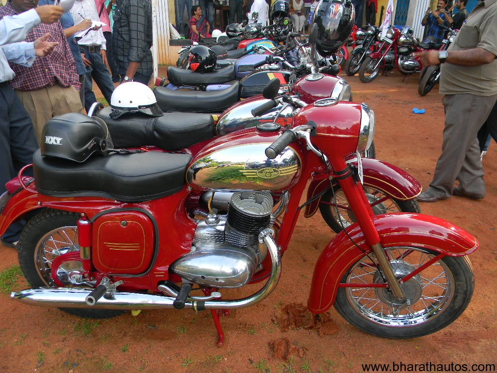 Jawa-Yezdi Vintage Motorcycle Rally in Mangalore - Bharath Autos ...