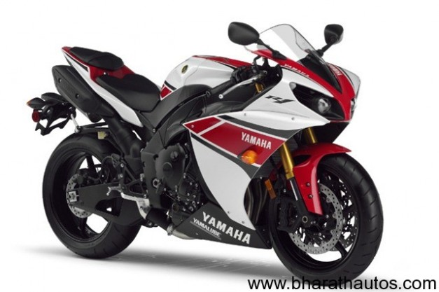 2012 Yamaha YZF-R1 gets traction control