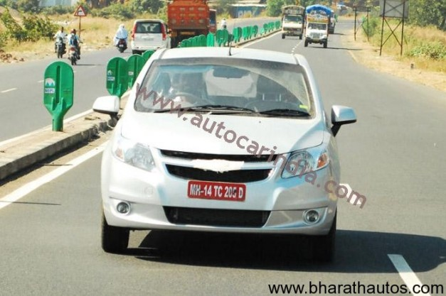 Spied Chevrolet Sail - FrontView