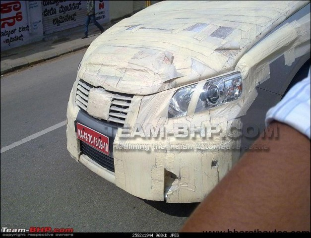 2012 Toyota Camry spied in India