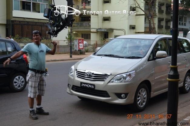 Toyota Innova facelift spied in Goa - FrontView