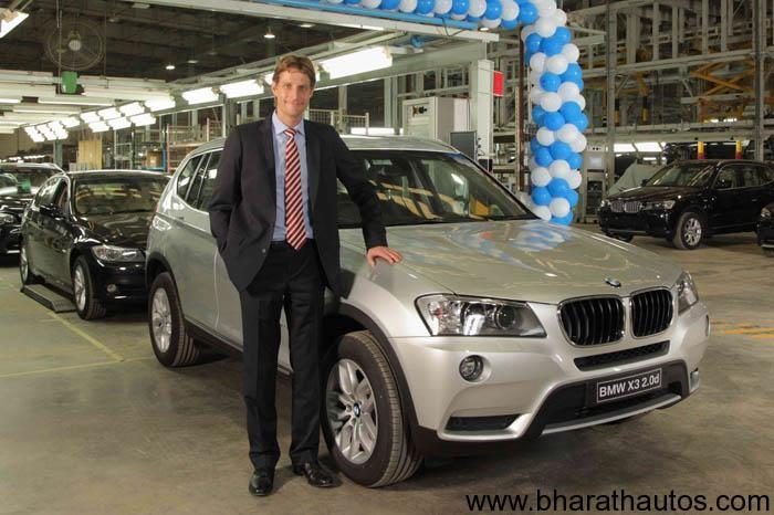 Eder Managing Director BMW Plant Chennai With The 20 000th Car BMW