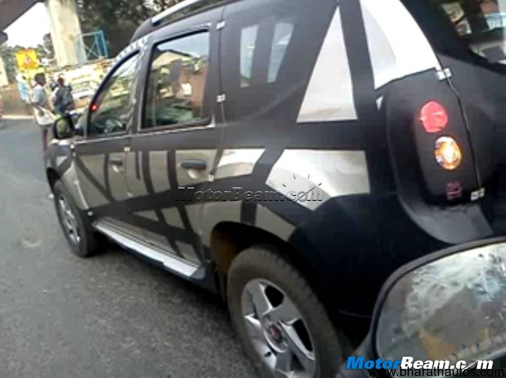 spied renault duster compact suv in chennai. Black Bedroom Furniture Sets. Home Design Ideas