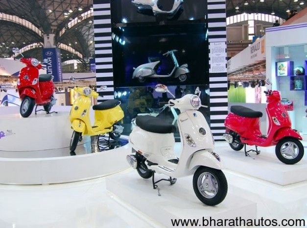 Vespa scooters at 2012 Auto Expo