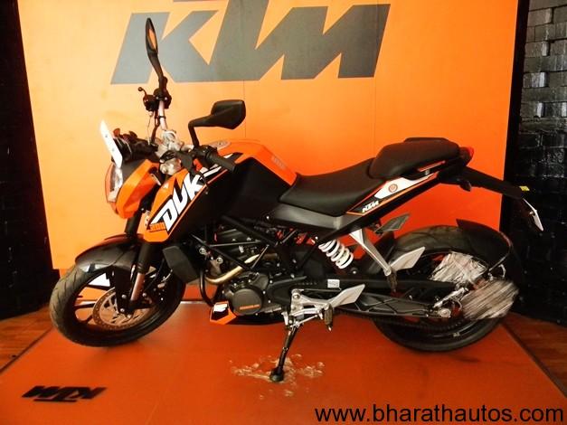 KTM 200 Duke - 001