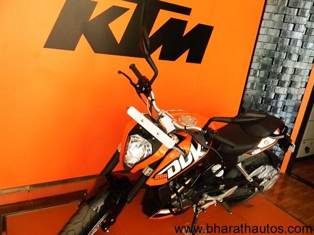 KTM 200 Duke - 002