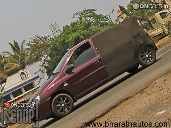 Tata Indica XL - SideView