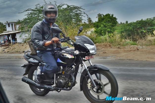 TVS Radeon 125cc motorcycle - FrontView