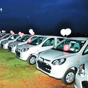 Maruti Suzuki delivered 200 Alto 800 cars from a single dealership