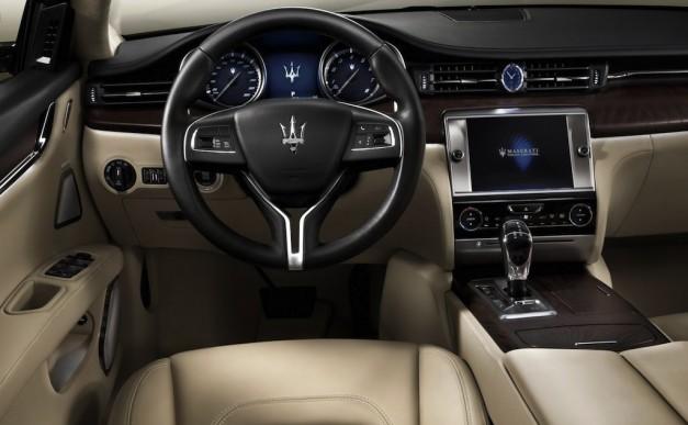 2013 Maserati Quattroporte - 001