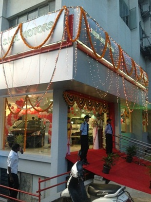 HM launches Mitsubishi dealership in Bangalore - 002