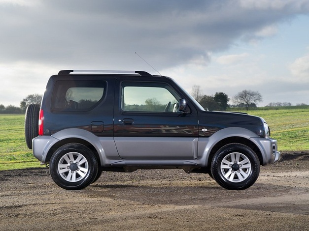 2013 suzuki jimny compact 4x4 suv unveiled. Black Bedroom Furniture Sets. Home Design Ideas
