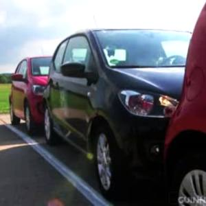 VW Up! gets in Guinness World Record for Tightest Parallel Parking