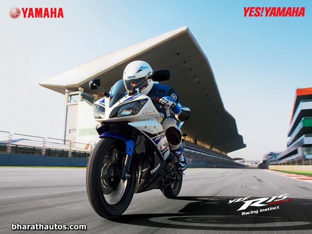 Modified R15 V2 http://bharathautos.com/yamaha-r15-v2-0-launched-in-4-attractive-new-colors.html