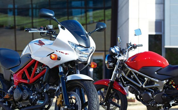 2013-Honda-VTR-250-and-VTR-250F