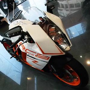 2013 KTM 1190 RC8 R Superbike