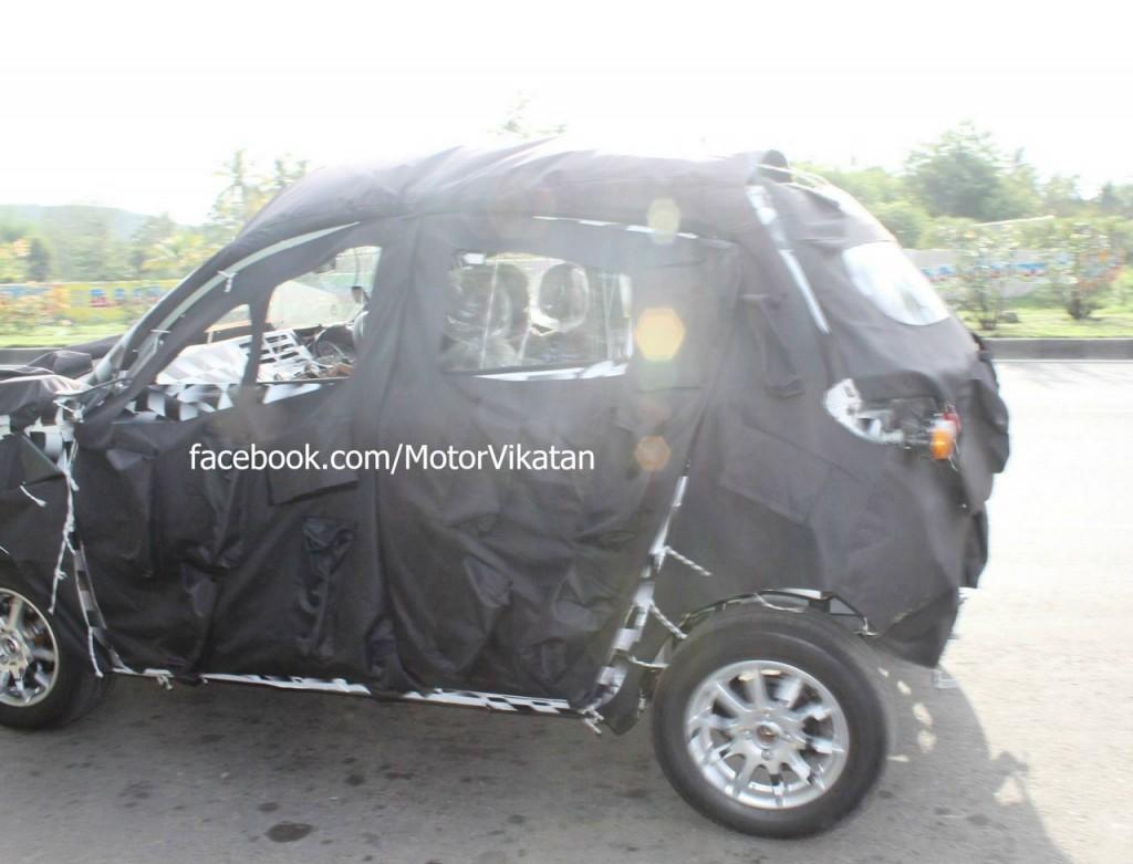 Mahindra-S101-spied interior