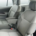 2013-toyota-innova-facelift-India-012