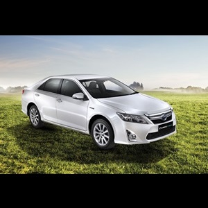Toyota_Camry_Hybrid_India