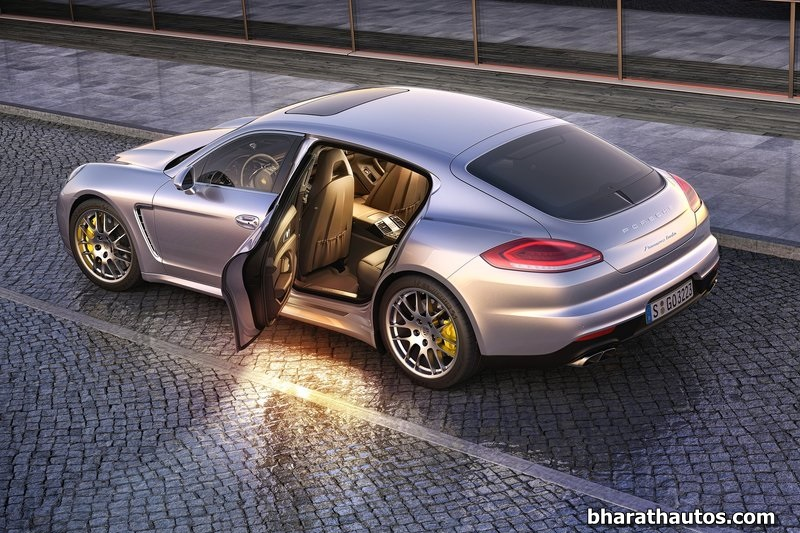 2014 porsche panamera facelift launched in india at rs crore. Black Bedroom Furniture Sets. Home Design Ideas