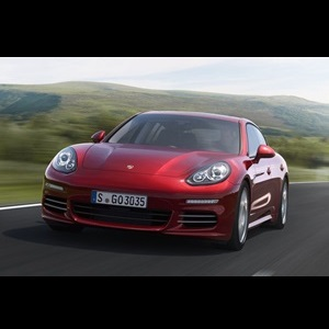 2014-Porsche-Panamera-Facelift-India