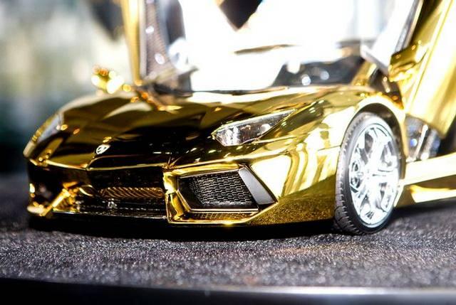 Diamond Lamborghini Aventador