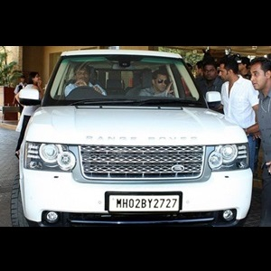 Salman-Khan-not-happy-with-land-rover-lashes-twitter