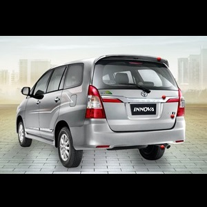Toyota-Innova-Facelift-India