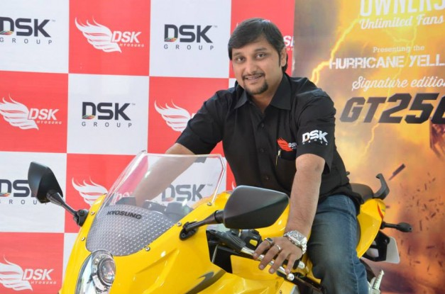 dsk-hyosung-gt250r-signature-edition-india-002