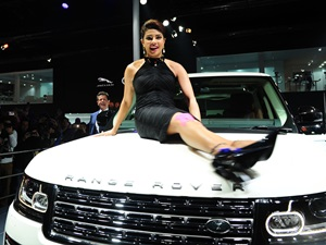 2014-auto-expo-9-celebrities-who-added-charm-to-the-event