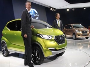2014-auto-expo-datsun-redi-go-concept-go-mpv