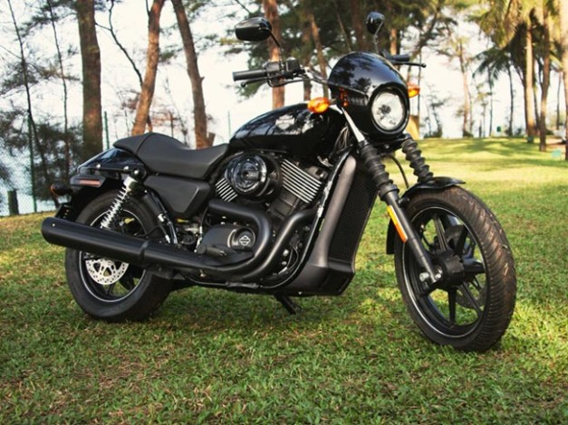 Harley Davidson - Street 750 3