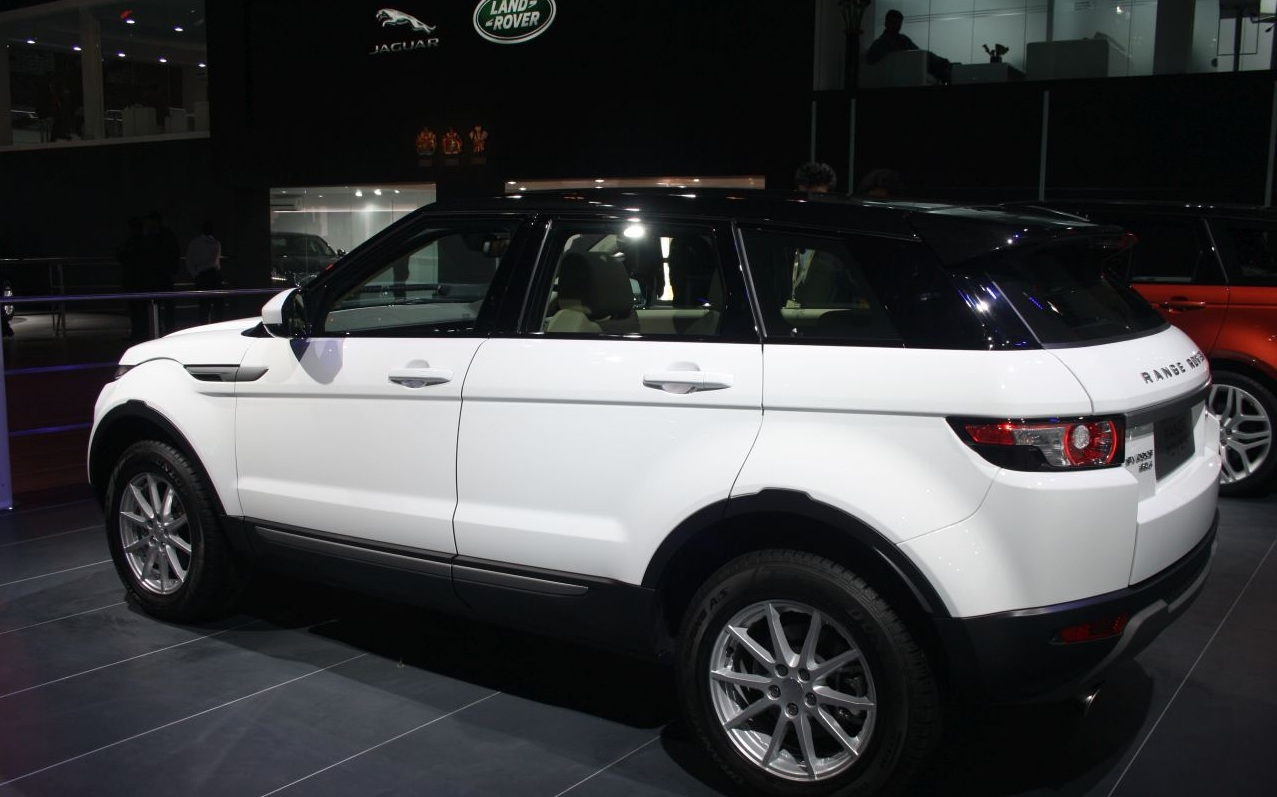 2014 Auto Expo Range Rover Lwb 2014 Discovery And 9
