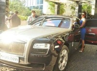 priyanka-chopra-buys-rolls-royce-ghost