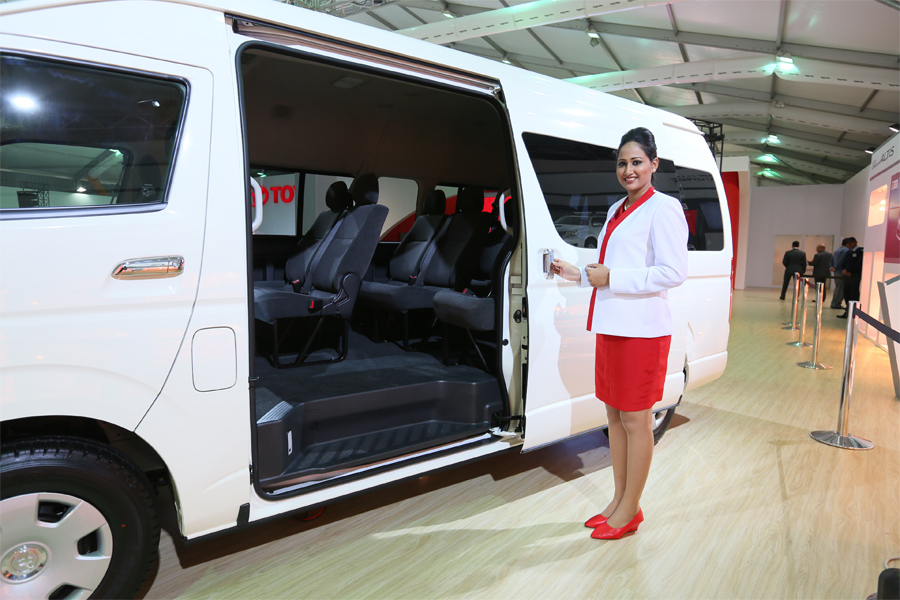 2014 Auto Expo  Toyota Hiace passenger transport Van GT86 an