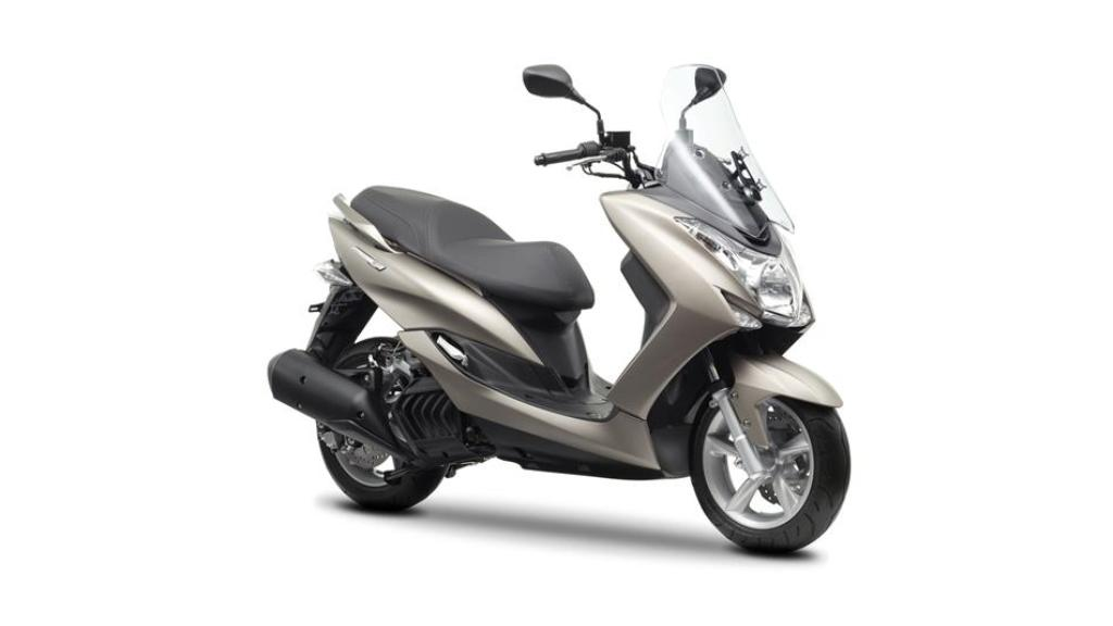 2014 yamaha majesty s 125 scooter launched in united. Black Bedroom Furniture Sets. Home Design Ideas