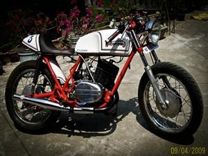 himas-yamaha-rd350-cafe-racer