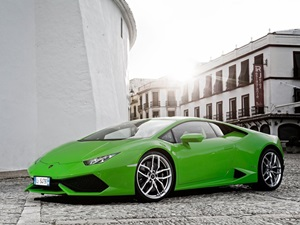 lamborghini-huracan-use-audis-virtual-cockpit